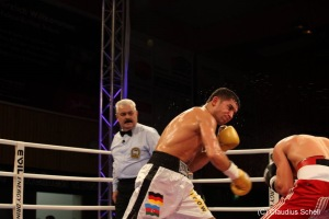 Azad Azizov vs. Kakhaber Avetsisan (9)